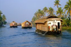 alleppey-houseboat | Tour Packages Kerala | Kerala Moments