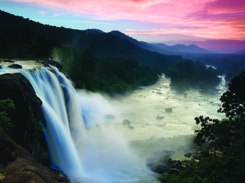 athirappilly-falls