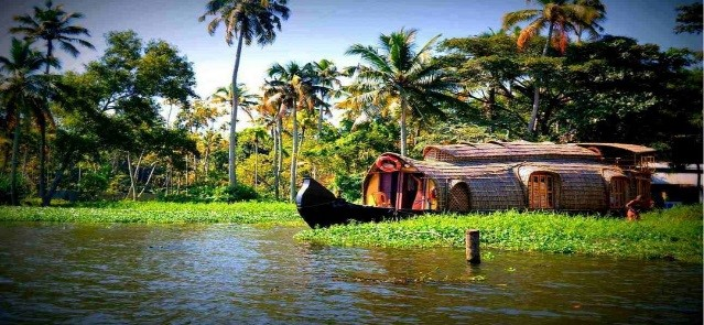Kerala Holidays Tour | Kerala Moments